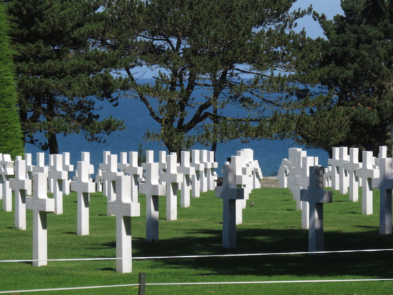 Photo of cross tombstones at veteran's cemetery in France