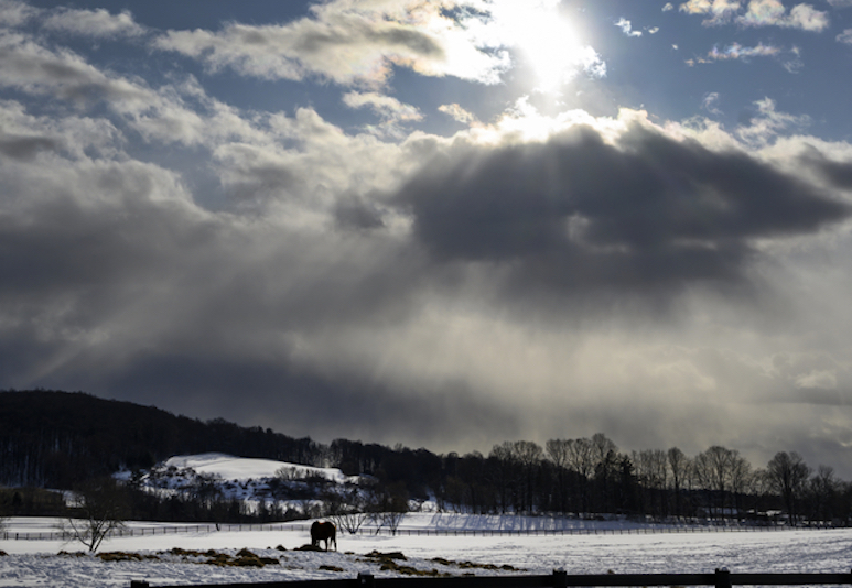 Image of sunlight and clouds on a winter day